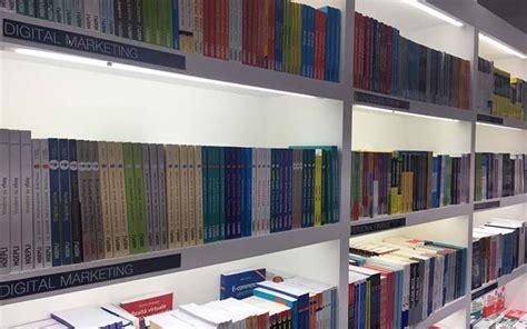librerie hoepli where to find international bookshops in milan where milan