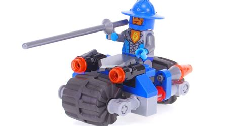 Lego Nexo Knights 30371 Knights Cycle Set Soldier Polybag lego nexo knights s cycle polybag review 30371