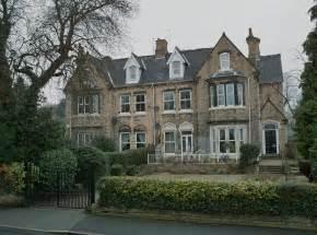 Victorian Houses Victorian Houses Southfield Hessle Geograph Org Uk 1713346 Jpg