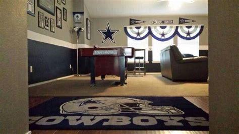 Dallas Cowboys Room Decor 17 Best Images About Dallas Cowboys On Tony Romo Cowboys Wreath And Cowboy