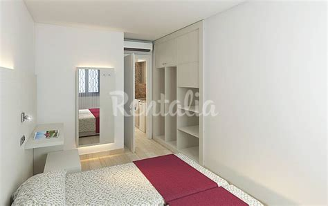 alquiler apartamentos mallorca verano 20 apartamentos con piscina en el puerto de alcudia port