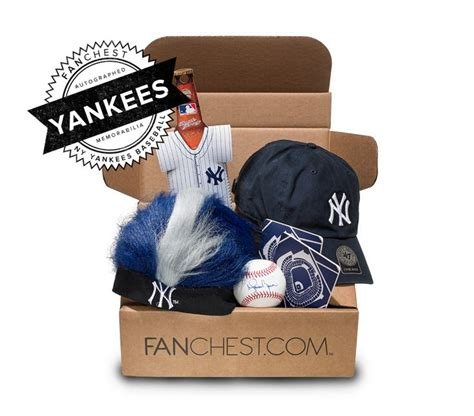 gifts for yankees fans yankees memorabilia fanchest iii ny yankees