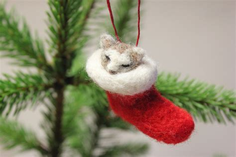 needle felted christmas cat decorationchristmas