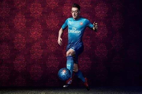 arsenal fc 2017 arsenal fc 2017 18 puma away kit football fashion org