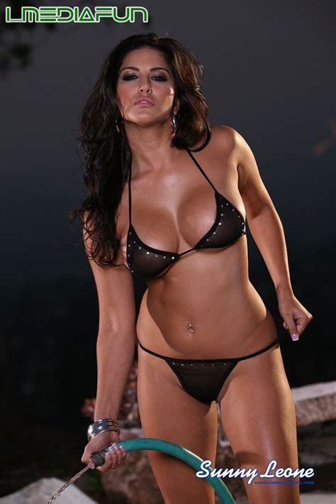 sunny leone black bikini fashion  style