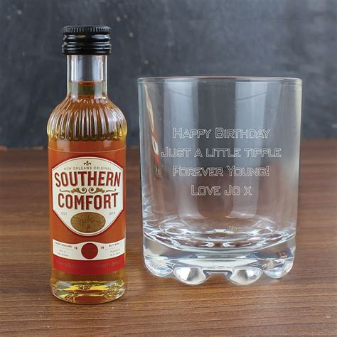 southern comfort gifts personalised southern comfort gift set love my gifts
