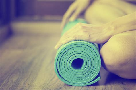 to om from your mat to your books 10 home exercises you can do with just a mat