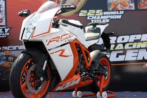 Ktm Rc8 Price India Ktm Shows Its 1190 Rc8 R Superbike At Delhi Orange Day