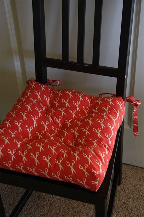 Chair Cushion Upholstery by 25 Best Ideas About Chair Cushions On Kitchen