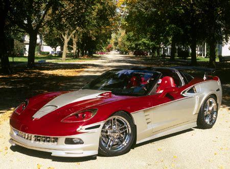 customized corvette   debut  sema top speed