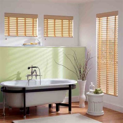 how to clean mini blinds in bathtub how to clean faux wood blinds in bathtub 28 images how