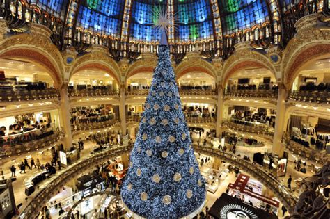 Sale Time At Galeries Lafayette by Galeries Lafayette Shopping In With Ga
