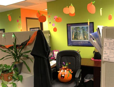 halloween themes for the workplace 10 easy ways to decorate your office for halloween