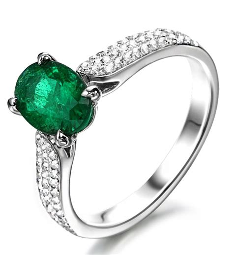 luxurious 2 carat green oval emerald and