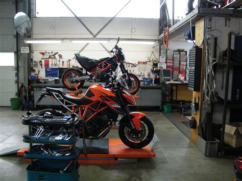 Yamaha Motorrad Werkstatt by Zweirad Werkstatt Motorrad Fotos Motorrad Bilder