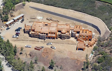 construction on tom brady s home zimbio