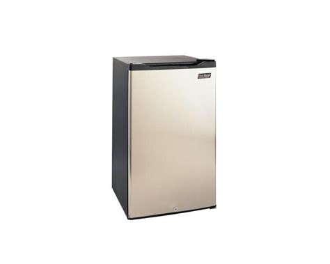 Kitchen Cabinet Cleaning by Fire Magic 20 Inch 4 2 Cu Ft Compact Refrigerator