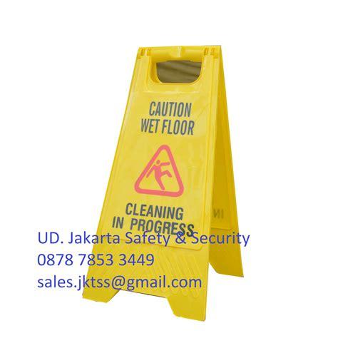 Floor Signtanda Lantai Licin jual slip caution floor sign papan peringatan segi