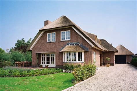 www architect com landelijk huis met rieten dak architektenburo bikker bv