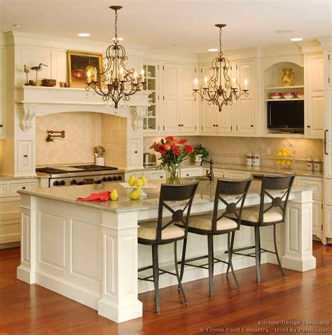 Traditional Kitchens With Islands | pictures of kitchens traditional two tone kitchen