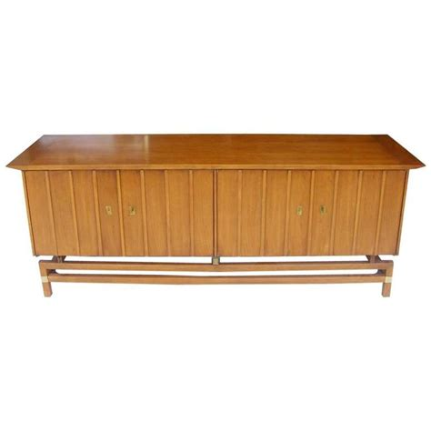 Vintage Mid Century Credenza Buffet Hickory Furniture For Buffet Furniture For Sale
