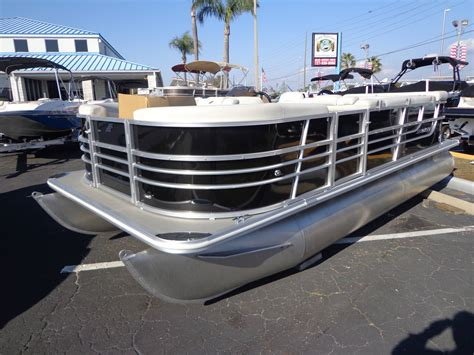 starcraft pontoon boat trader 2017 starcraft ex20 21 foot 2017 starcraft pontoon