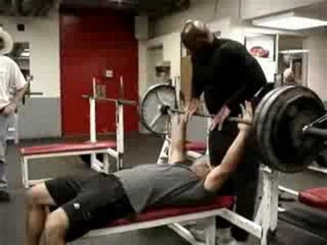 ray rice bench press why you don t bench press with thumbs out grip youtube