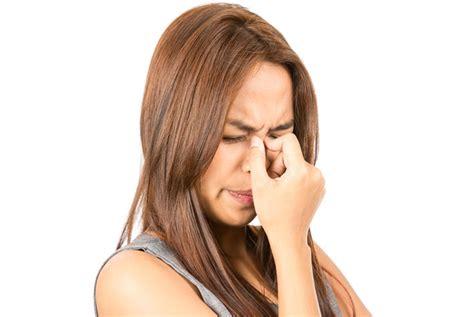 bruciore all interno della bruciore al naso e starnuti possibili cause