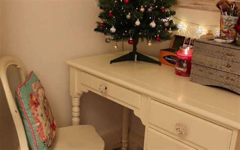 zoellas bedroom christmas bedroom inspiration zoella my room pinterest christmas bedroom