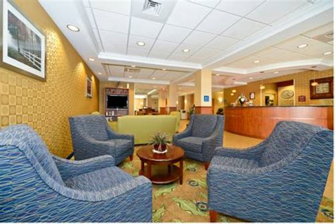 comfort inn amish country lancaster pa comfort suites amish country lancaster pa aaa com