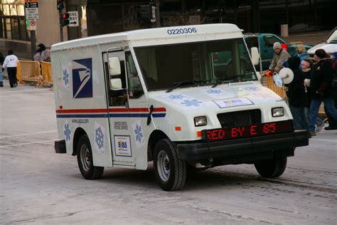 history of united states postal vehicles fitxer usps e85 fuel st paul 20070127 jpg viquip 232 dia l