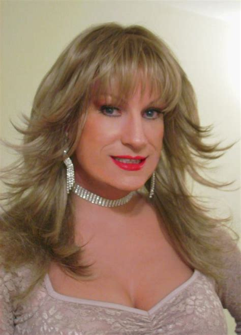 crossdresser short hairstyle crossdressers who have womens hairstyles short hairstyle