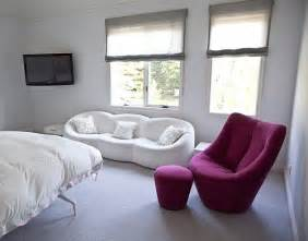 Pink is a popular choice for most girls and teenagers rooms