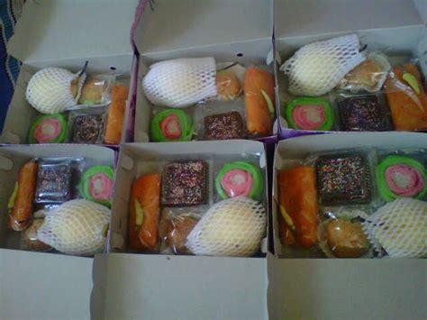 Mainan Snack Restoran jual aneka kue box snack aneka shops