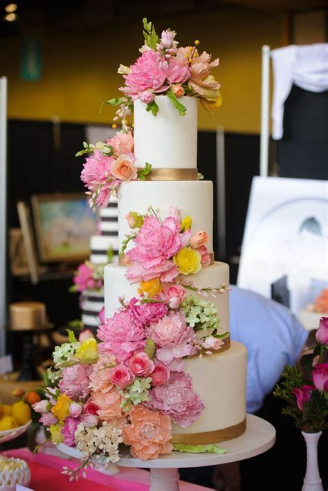 895 best images about Wedding Cakes on Pinterest   Sugar