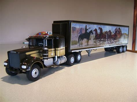 kenworth w900 model truck truck model of revell kenworth w900 smokey and the