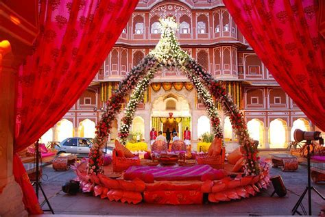 www.weddingGuru.in a wedding set up at City Palace, Jaipur