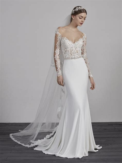 Trendy Wedding Dresses Uk by Modern Wedding Dresses Wedding Dresses