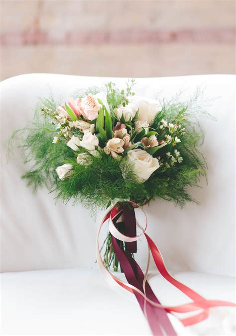 Cheap Wedding Bouquets by How To Diy An Affordable Fall Wedding Bouquet Recipe A