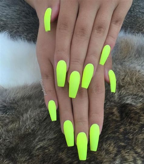 summer neon nails pedi neon nails