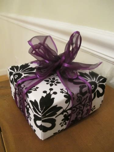 How To Make Gifts Out Of Paper - how to make a gift box out of scrapbook paper thrift