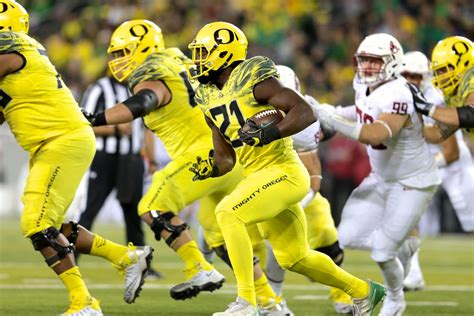 freeman total royce freeman struggles with 13 total touches vs