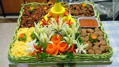 membuat nasi kuning ultah nasi kuning tumpeng ulang tahun makanan khas indonesia
