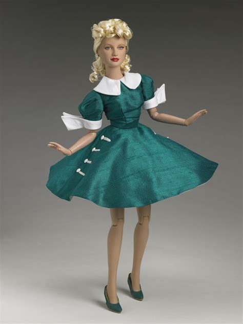 r d fashion dolls and collectibles 1000 images about tonner dolls on dolls