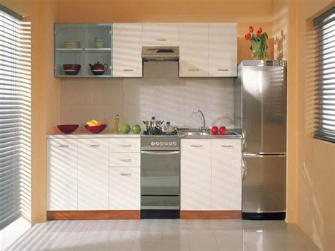Kitchen Decorating Ideas For Small Spaces Small Kitchen Cabinets Cool Ideas For Small Space