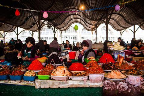 uzbek fruit and vegetables bazaars in uzbekistan the travel in oligarchy julien goldstein