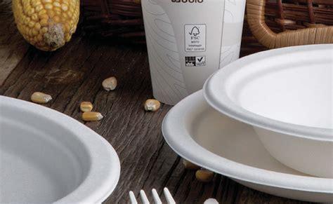 bicchieri plastica riciclabili come scegliere piatti monouso riciclabili per pizzerie bar