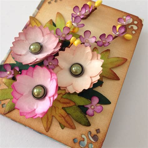 How To Make Flowers With Craft Paper - paper craft flowers find craft ideas
