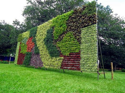 imagenes de jardines verticales caseros 15 im 225 genes de jardines verticales y c 243 mo hacer el nuestro