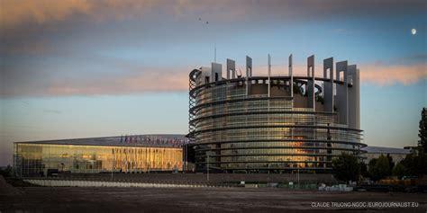 171 la bataille pour le si 232 ge du parlement europ 233 en 224